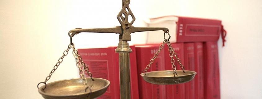 gay friendly litigation lawyer in Marbella